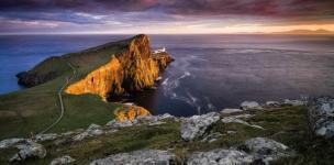 Этот необыкновенно красивый остров под названием Скай является частью Шотландии.