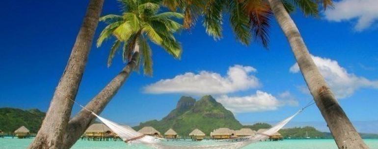 Нетронутая красота острова Бора-Бора.