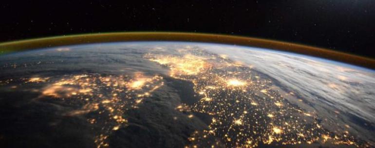 Почему Земля крутится, а мы этого не замечаем?