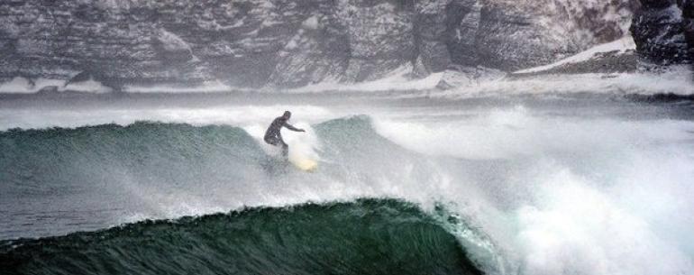 Популярные места для серфинга в России