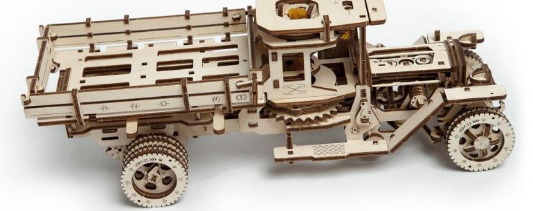 Грузовик Ugears UGM-11: невероятно технологичный конструктор