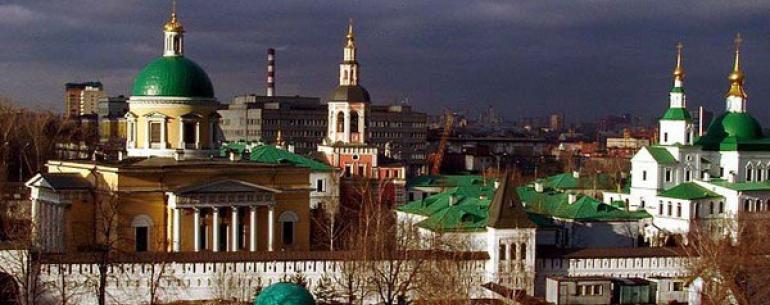 Данилов монастырь — мужской монастырь, основанный на правом берегу реки Москвы около 1282 года князем Даниилом Александровичем (по имени которого и назван). Даниил постригся в монахи перед смертью (1303) и был похоронен в монастыре. Данилов монастырь почи